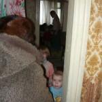 Besuch bei einer kinderreichen Familie in Tarussa. / Посещение многодетной семьи в Тарусе.