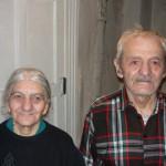 Nora und Aschot leben ohne Wasser in einer kellerartigen Wohnung / Нора и Ашот живут в подвале без воды