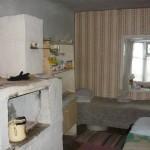 Die kleine Wohnung mit Holzofen von Nora und Aschot